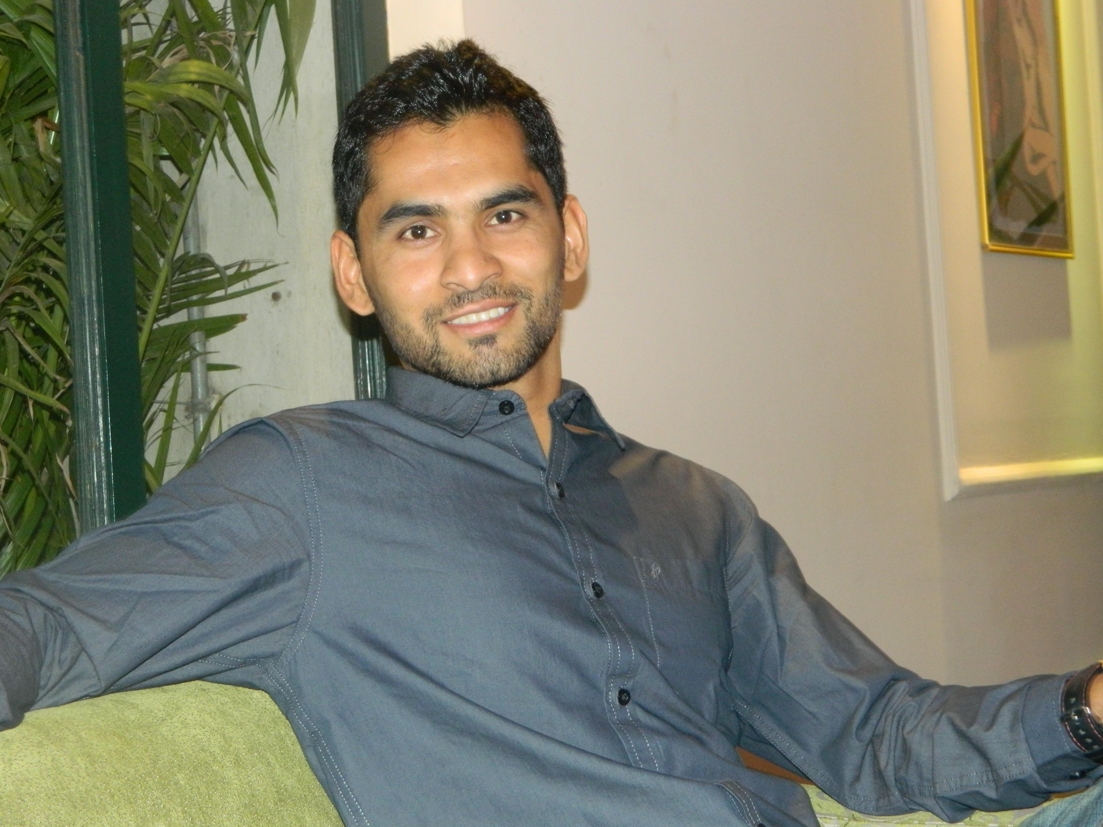 Profile | Dr  Biswarup Pathak